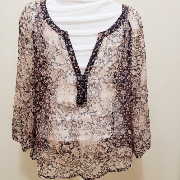 American Eagle Outfitters Tops - American eagle sheer floral blouse neutral xs